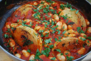 Braised Cabbage with Tomatoes and Butterbeans