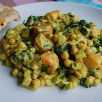 Carrot and Chickpea Curry: Meat Free Monday