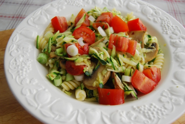 Courgette and Tomato Pasta Salad