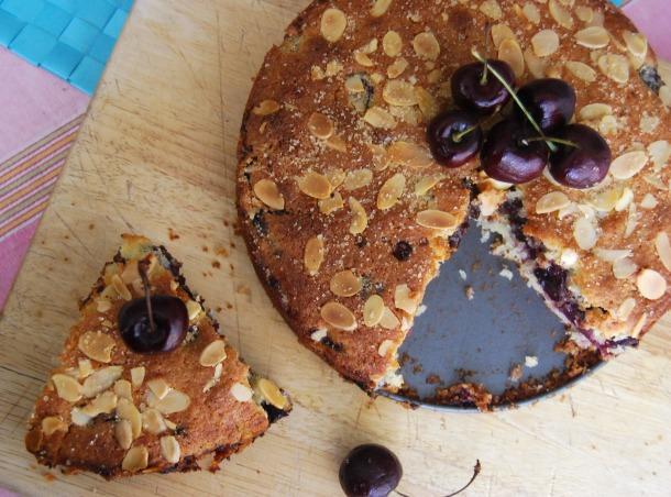 Coconut, Cherry and Dark Chocolate Cake | veghotpot