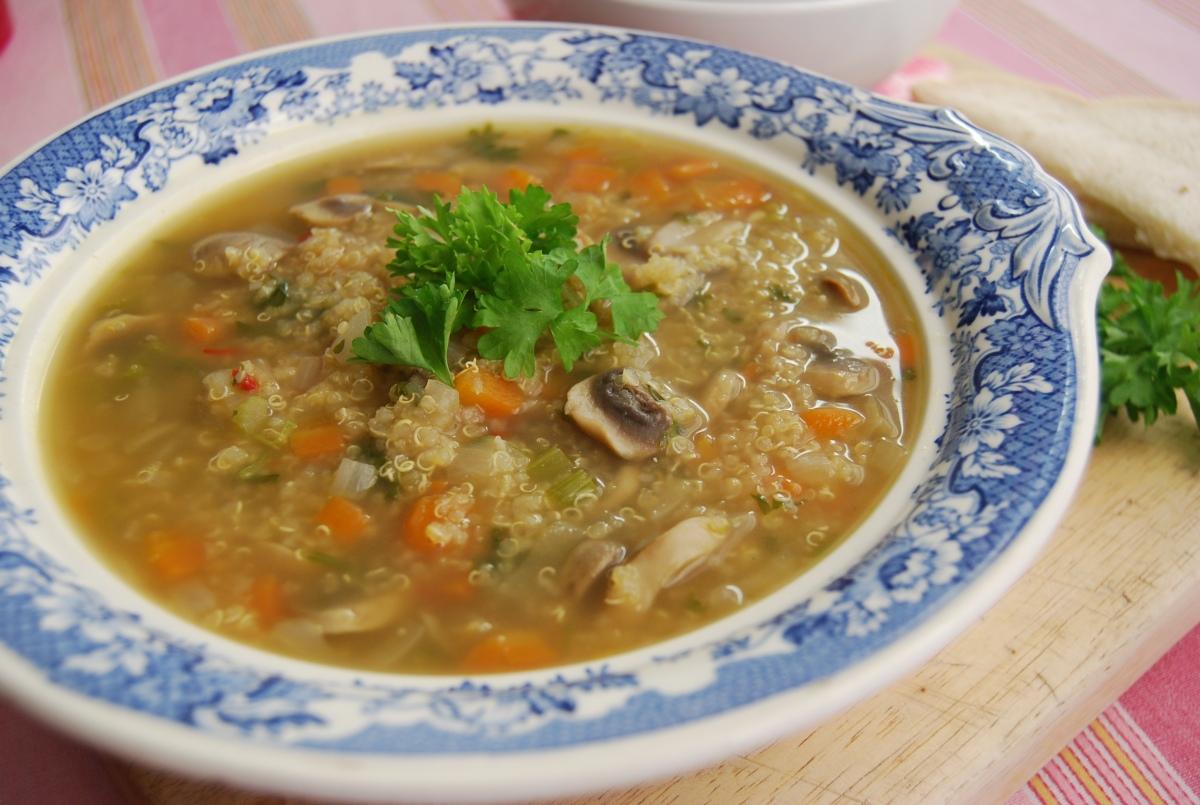 Quinoa, Mushroom and Tarragon Soup | veghotpot