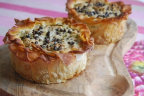 Layered Savoury Vegan Easter Pie with a Cashew Cream Saucefilling