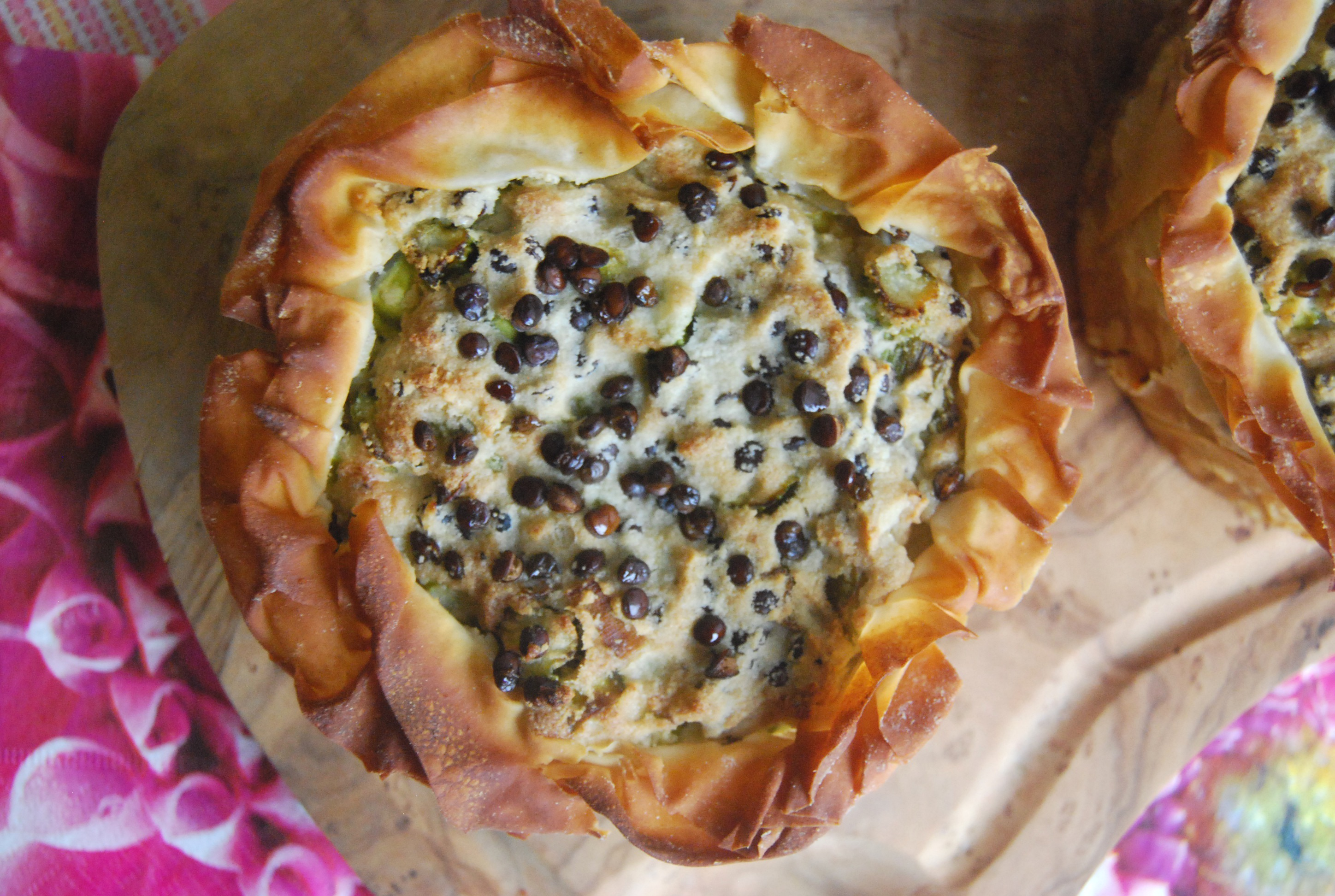 Layered savoury vegan easter pie with a cashew cream sauce filling dsc0475 forumfinder Choice Image