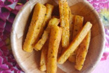 Paprika and Oregano Polenta Chips