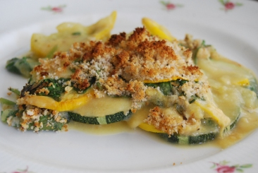 Courgette and Spinach Gratin with a vegan cream sauce