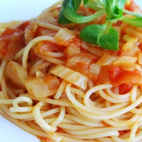 Seriously Simple Tomato and Fennel Pasta Sauce: Meat FreeMonday