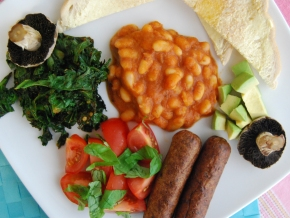 Full English Breakfast – VegHotPot Style (Vegan MoFo)