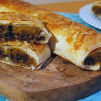 "Virtual Vegan Potluck - Braised Red Wine and Thyme Puy Lentil and Spiced Pumpkin Puree ""Sausage Rolls"""