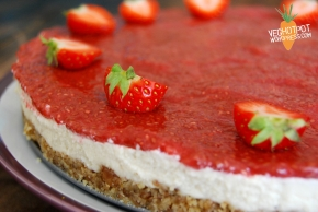 Raw Strawberry Cheesecake – Vegan MoFo 2014
